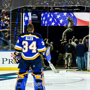 NHL: NOV 11 Islanders at Blues