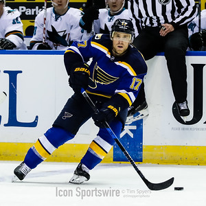 NHL: NOV 17 Sharks at Blues