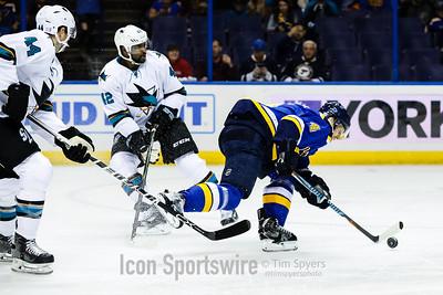 NHL: NOV 17 Sharks at Blues