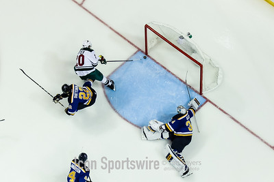 NHL: OCT 13 Wild at Blues
