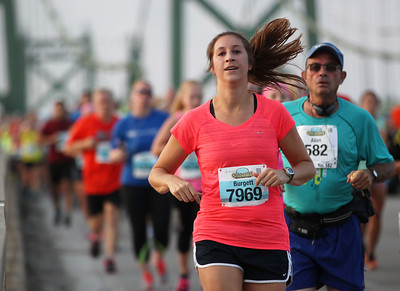 Quad Cities Marathon - Photo by Chris von Gries