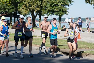 Quad Cities Marathon. Photo by Darrell Terronez