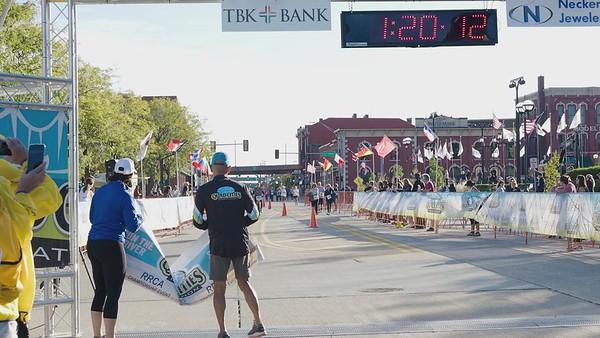 FInish: Women's 1/2 Marathon