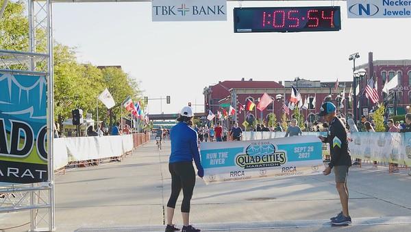 FInish: Men's 1/2 Marathon