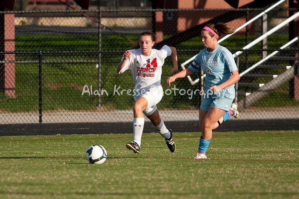 QO JV Girls Soccer-8589