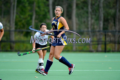 121014_QU_Field_Hockey_9040