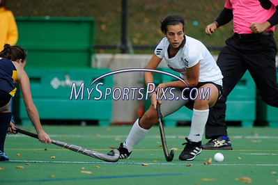 121014_QU_Field_Hockey_9014