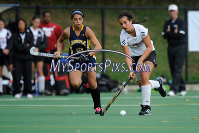 121014_QU_Field_Hockey_9004