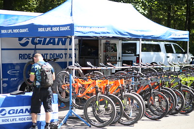 RIde LIFE / RIDE GIANT Unedited / complete gallery