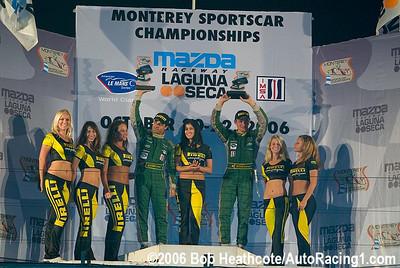 GT1 Pirelli girls podium