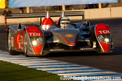 Allan McNish in the #1 Audi Sport North America Audi R10 TDI