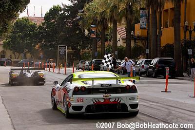 Checkered flag ends te mini Le mans of San Jose