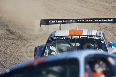 Off course trouble for #333 Porsche 911