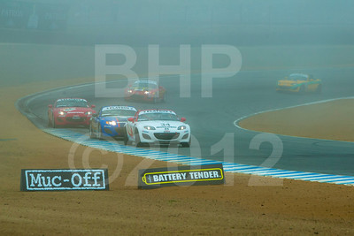 Mazda MX-5 Cup race action