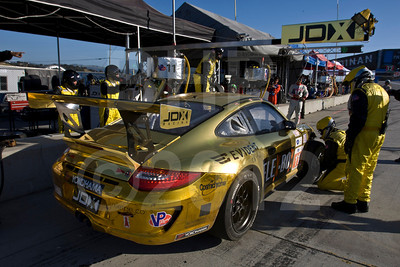 #11 JDX Racing Porsche 911 GT3 Cup: Chris Cumming, Michael Valiante, Martin Ragginger