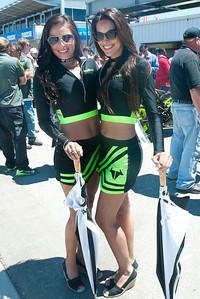 Ubmrella girls