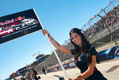 Red Bull USGP grid girls