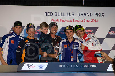Long Live Colin Edwards: He disobeyed the request to not bring his son to the press conference, then he ask to have a smartphone picture taken with everyone