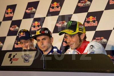 Casey stoner did not answer many questions but he sure enjoyed listening to everyone else