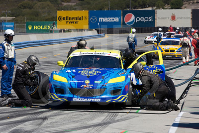 Pitstop for #41 Charles Espenlaub, Charles Putman: Dempsey Racing Mazda RX-8