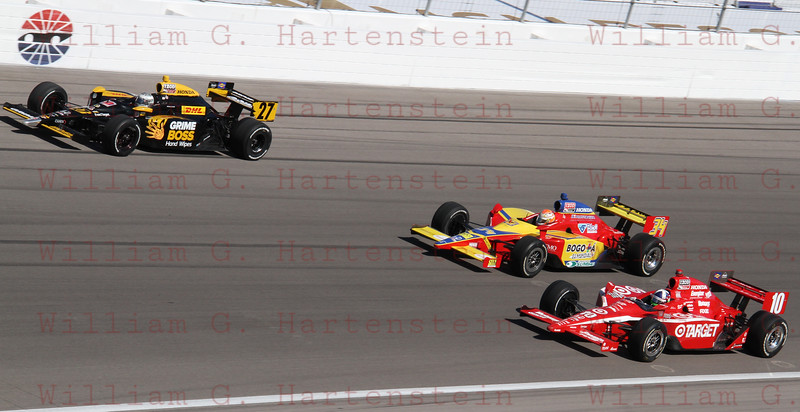 Driver's Mike Conway #27, Sebastian Saavedra #34 & Dario Franchitti do a 5 lap tribute in honor of Dan Wheldon.