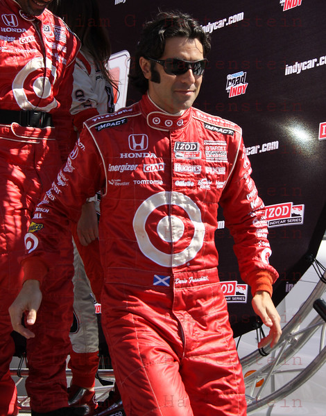 Dario Franchitti is introduced before the IZOD IndyCar World Championship race at the Las Vegas Motor Speedway in Las Vegas, Nevada October 16, 2011.