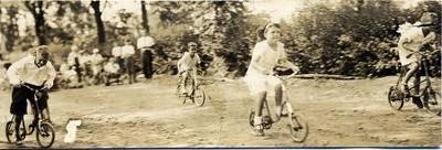 Bicycle Race (02304)
