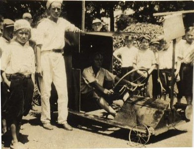 """""""Soap Box Derby"""" Cars (01204)"""