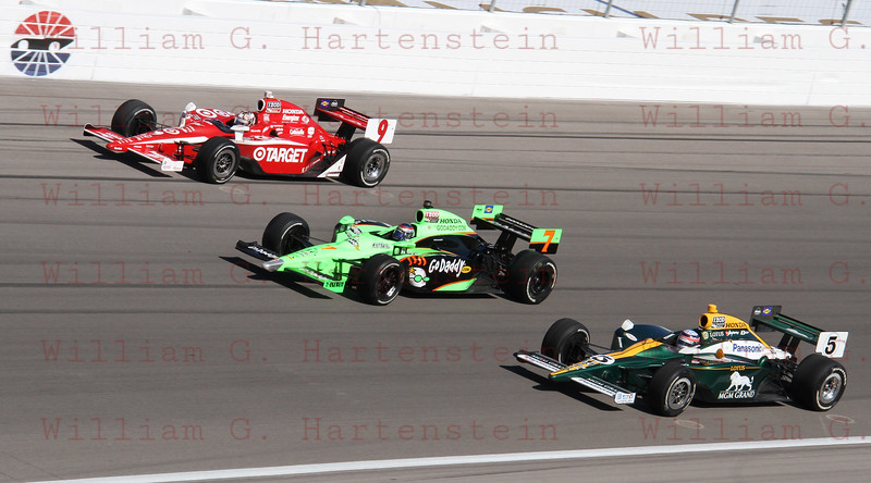 Drivers Scott Dixon #9, Danco Patrick #7 & Takuma Sato #5 do a 5 lap tribute in honor of Dan Wheldon.
