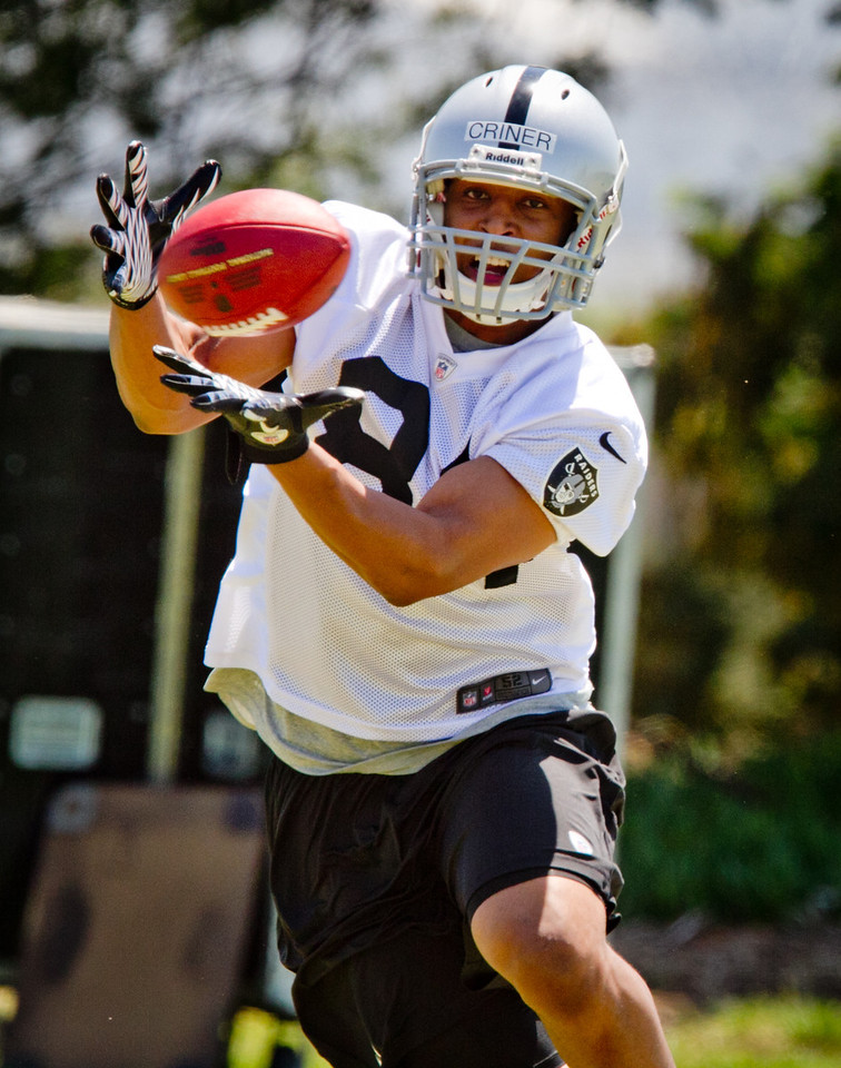 Raider's receiver Juron Criner catches a ball during a rookie minicamp at the Raider training facility in Alameda, Calif.,  on Saturday, May 12th, 2012.