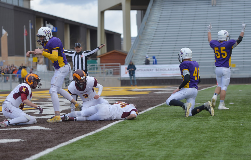 Justin Sheely | The Sheridan Press<br /> The Rams fall short of a hail mary pass in the endzone for the final play of the Class 1A State Championship Saturday, November 11, 2017, at War Memorial Stadium in Laramie. The Rams lost 20-16 to Pine Bluffs to take runner-up in the championship.