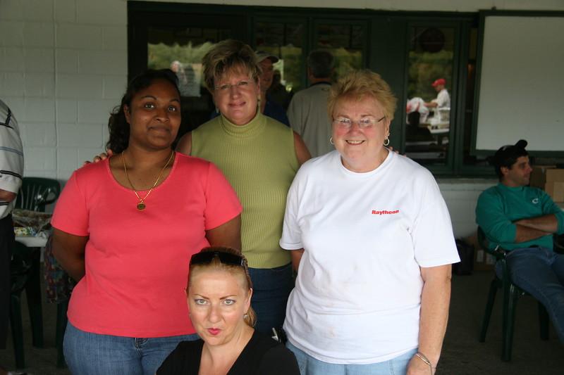 IMG_0427 Volunteers, Carol, Louise, Tara