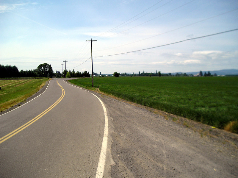 Now the flat part of the course - the plains of Yamhill county, on the way to Sheridan.