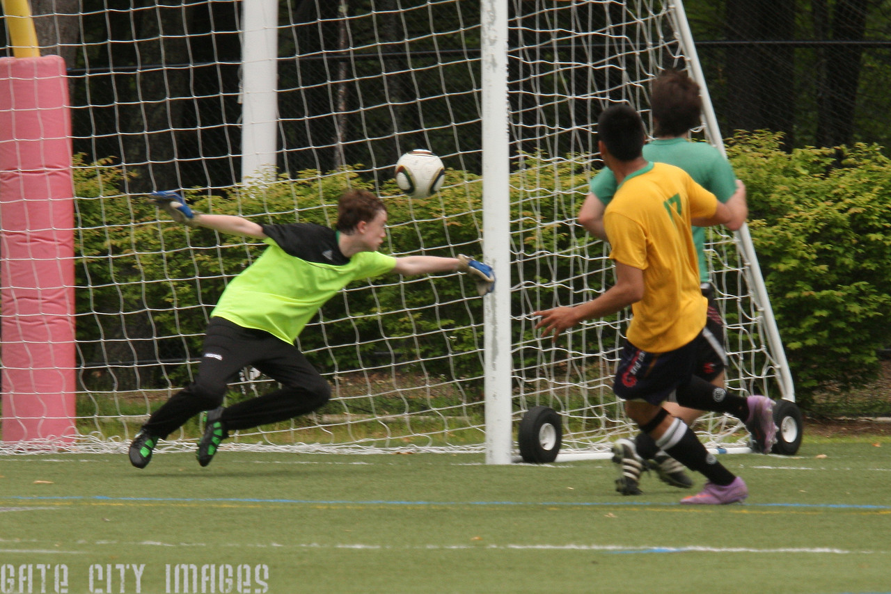 IMG4_18771 Adolfo goal U19 Rec Soccer trmzb