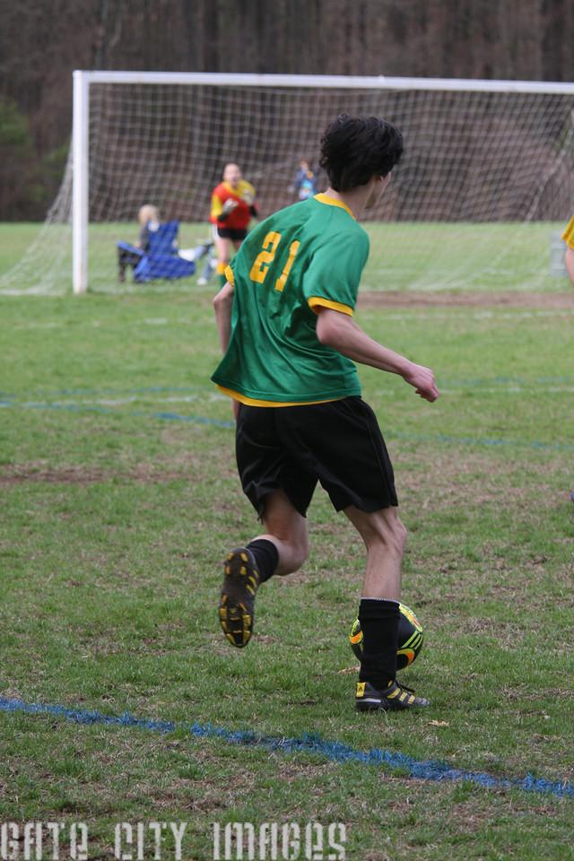 IMG4_42408 Ian goal seq U19 rec soccer