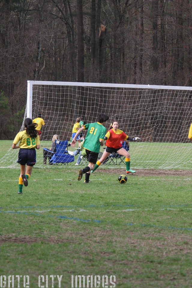 IMG4_42414 Ian goal seq U19 rec soccer