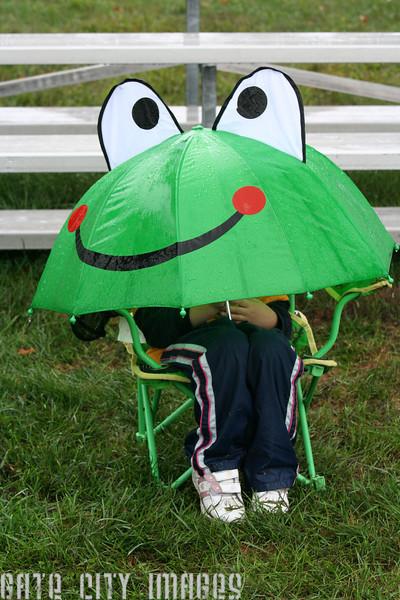 IMG_9476 Girl under umbrella