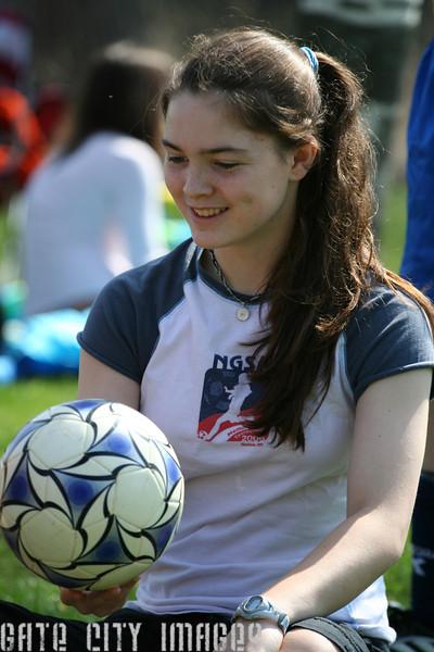 IMG_4883 Kristin, soccer ball