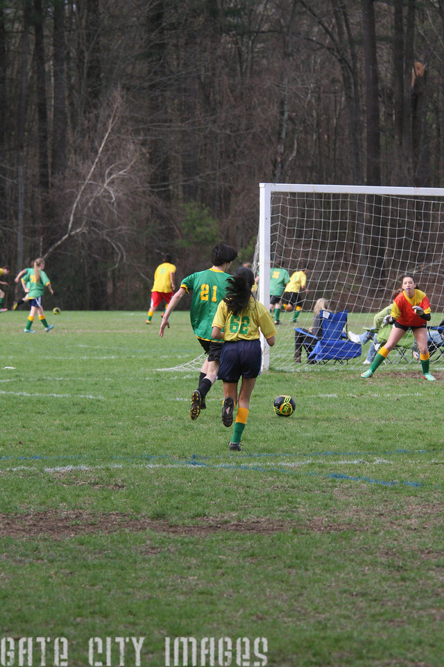 IMG4_42412 Ian goal seq U19 rec soccer