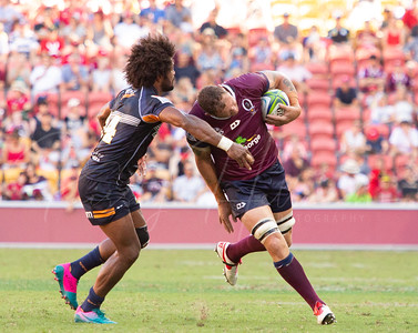 Henry Speight making a tackle on Scott Higginbotham