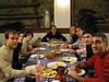Cena en Castro con Gustavo, Marga, Marie, Simon, Rober, David Gracia y Delgado Ferreiro y mujer. Temporada 2004-2005