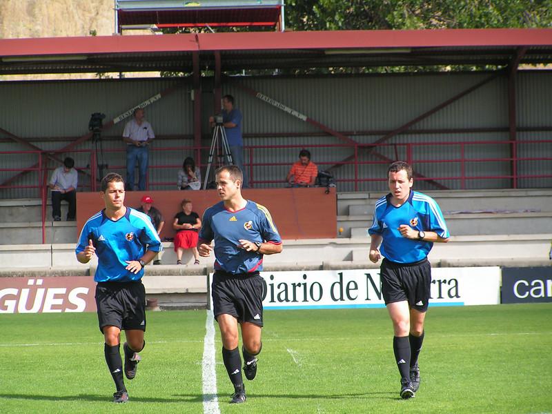 Calentamiento en el Tajonar. Osasuna B - Alicante Temporada 2006-2007