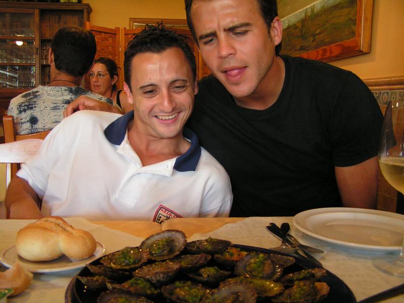 Segurilla con Gustavo en Lanzarote con motivo del partido Lanzarote - Benidorm. Temporada 2005-2006