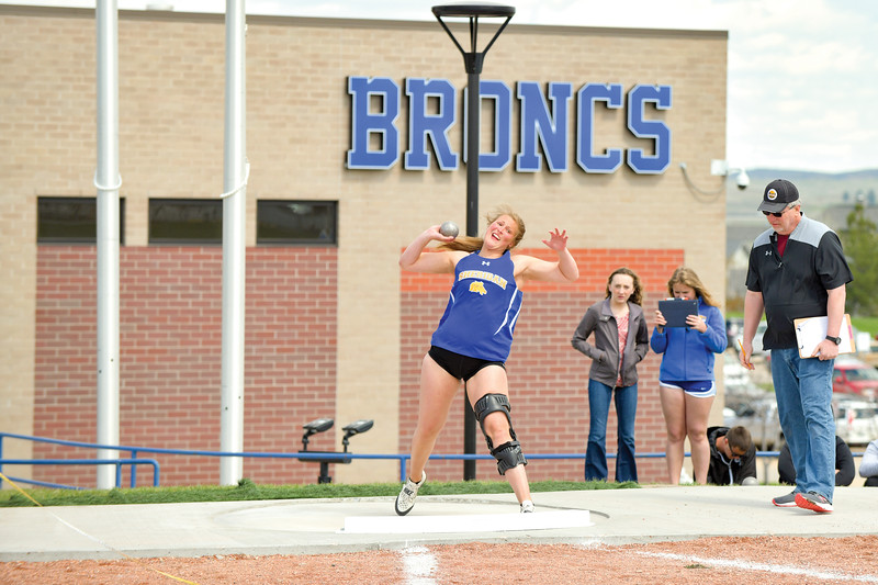 Matthew Gaston | The Sheridan Press<br>Sheridan's Jordan Christensen throws for a distance of 41 feet and seven and half inches during the regional track meet Friday, May 10, 2019.