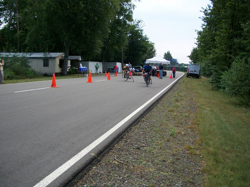8:19 first lap and we were behind about a dozen riders already
