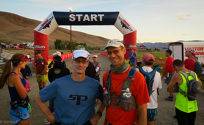 Paul and I among others on the start line.