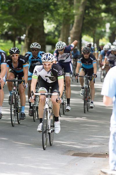 Race Ave Criterium-02142