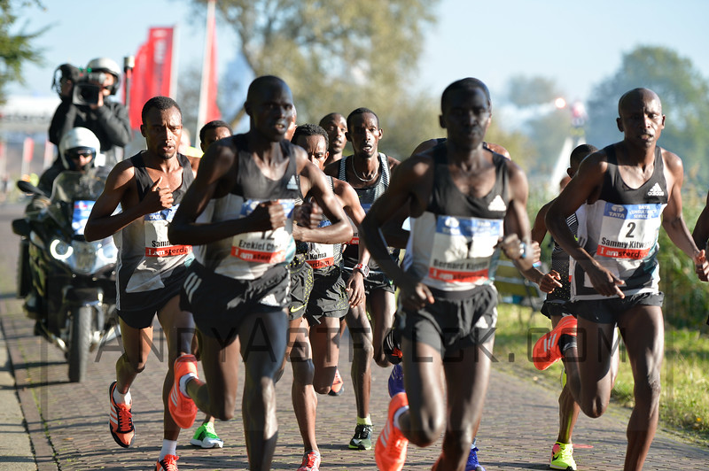 After 15 kilometres along the Amstel River in Amsterdam during the TCS Amsterdam Marathon on October 16 2016 in the Netherlands.