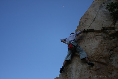 Andrew seconding Swinging in the Sunday Breeze (21), Kissing Point, Townsville. Photo by Luke Williams