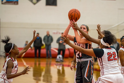 Rockford JV Basketball vs Muskegon 12 7 17-11